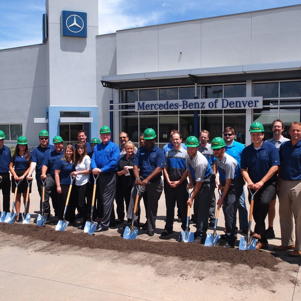 Mercedes Benz Of Denver >> Sonic Automotive And W E O Neil Break Ground On Mercedes Benz Of