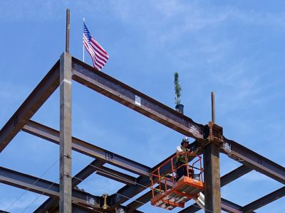 CALIFORNIA | Cal Lutheran Swenson Science Center Tops Out